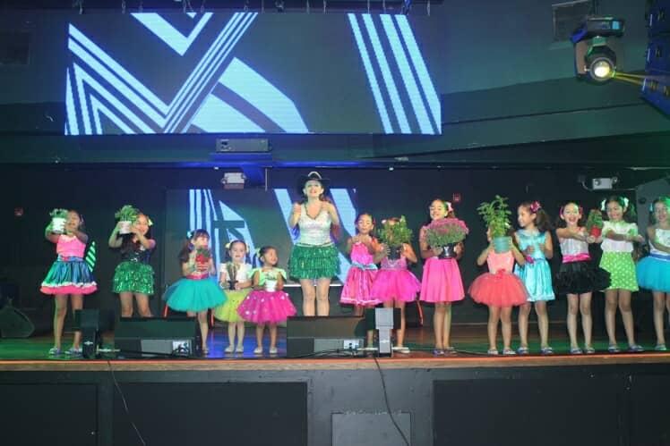 09-20-2017_lanzamiento_del_video_musical_de_el_show_de_naty_20170922_1051654217
