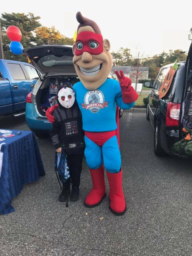 10_31_2017_trunk_or_treat_liga_man__liga_de_justicia_in_brentwood_20171104_1104607440