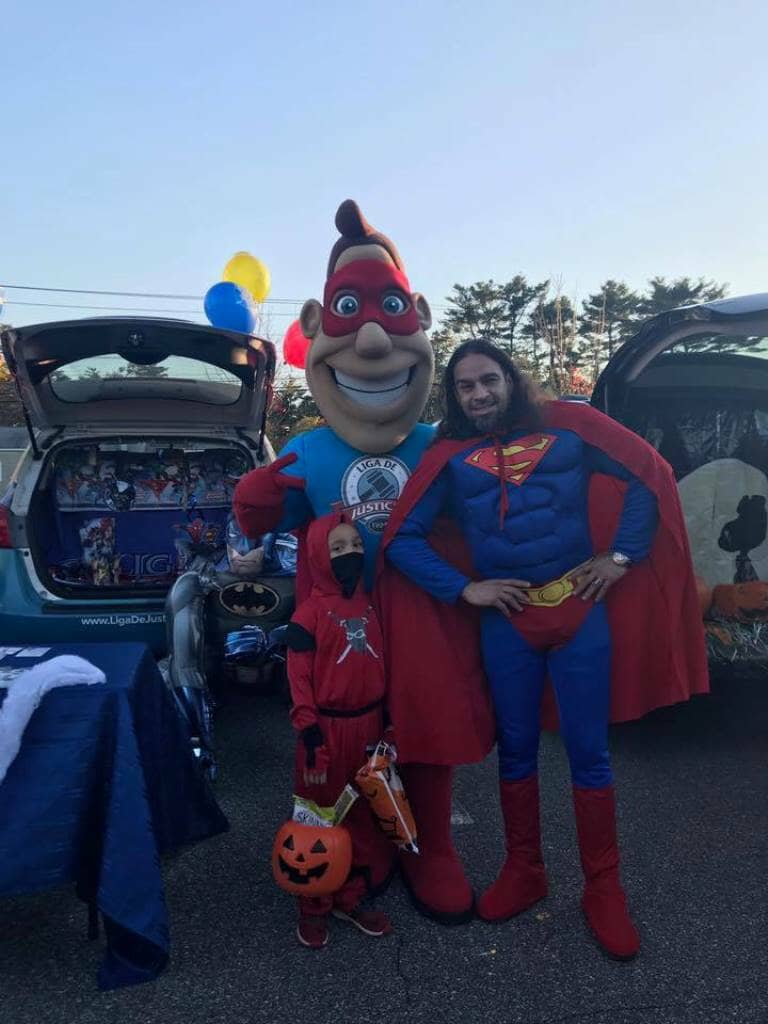 10_31_2017_trunk_or_treat_liga_man__liga_de_justicia_in_brentwood_20171104_1146787768