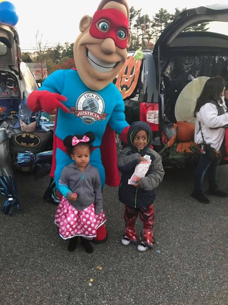 10_31_2017_trunk_or_treat_liga_man__liga_de_justicia_in_brentwood_20171104_1536598869