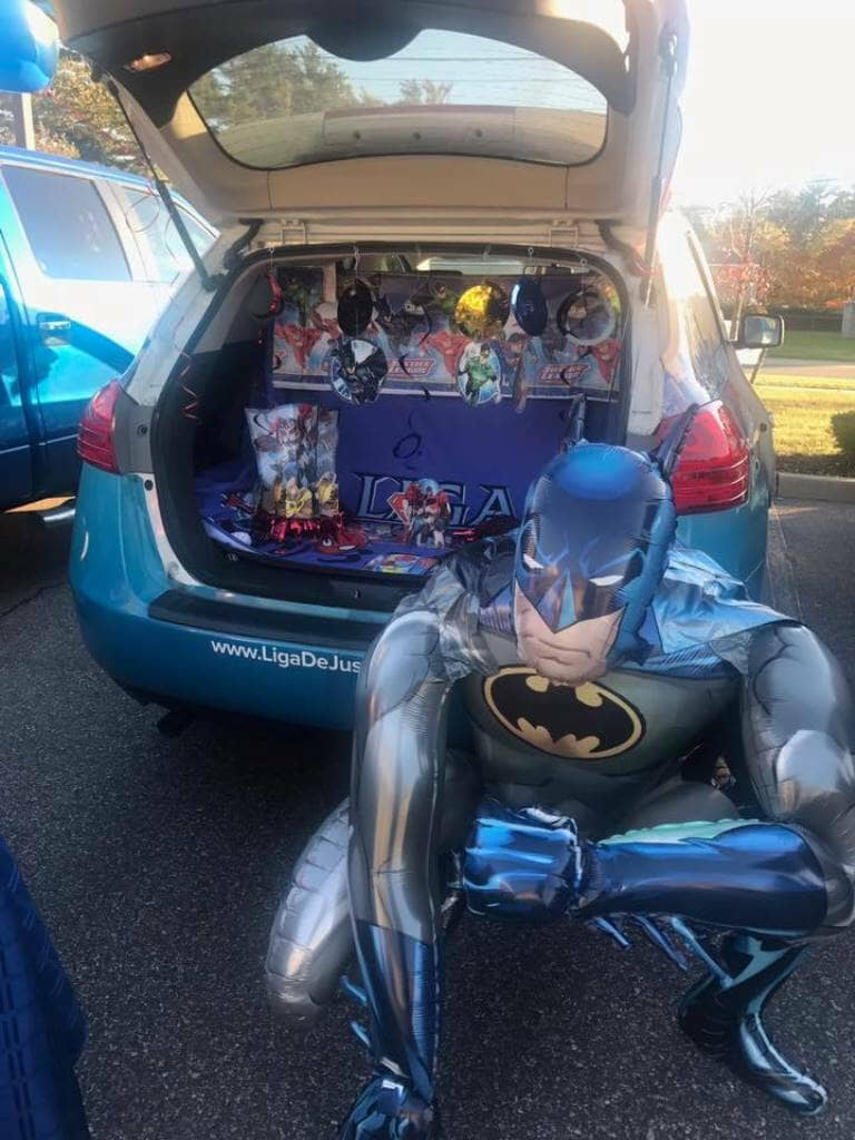 10_31_2017_trunk_or_treat_liga_man__liga_de_justicia_in_brentwood_20171104_1586155450