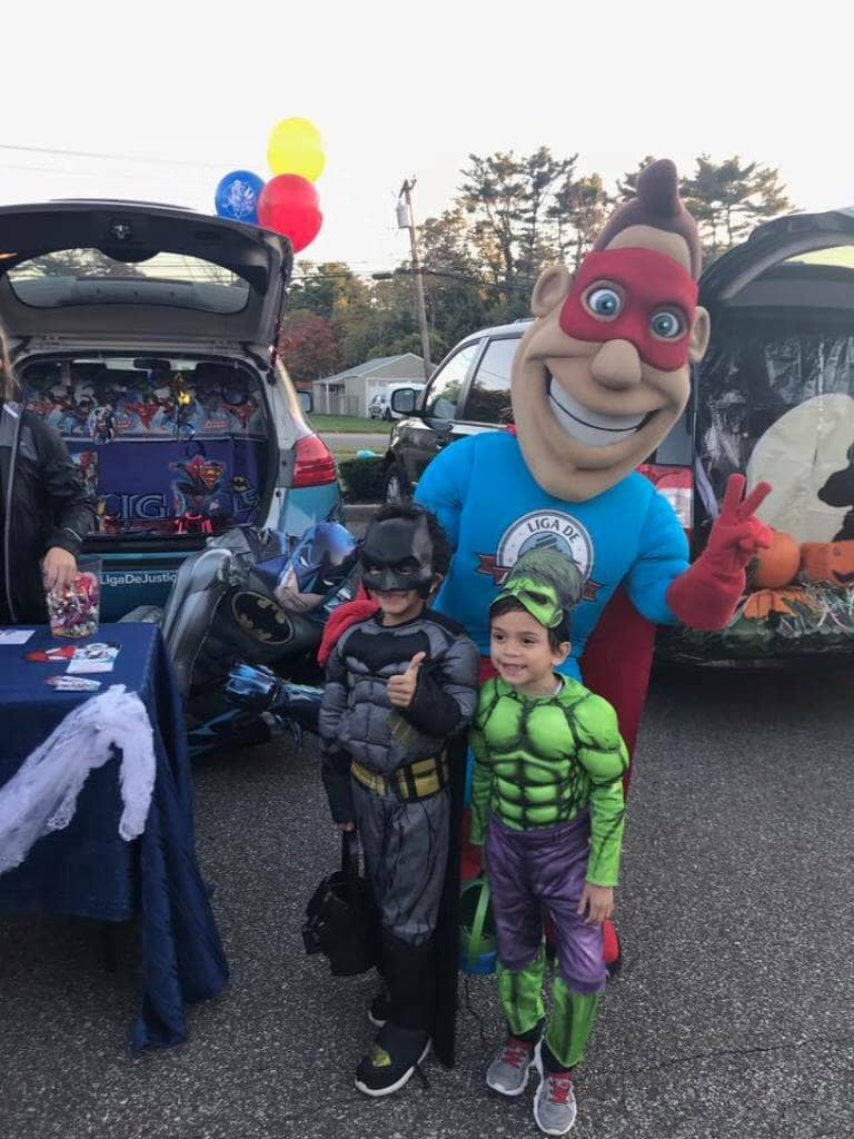 10_31_2017_trunk_or_treat_liga_man__liga_de_justicia_in_brentwood_20171104_1673561548