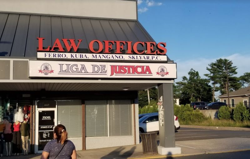 Liga de Justicia Abogados en Brentwood, NY