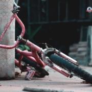 Liga de Justicia obtiene compensación por la muerte de una niña en bicicleta atropellada por un automóvil en las calles de Long Island, NY.