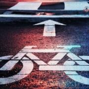 Para tu protección y la de los tuyos, es fundamental conocer las medidas de seguridad para andar en bicicleta en Long Island, NY.