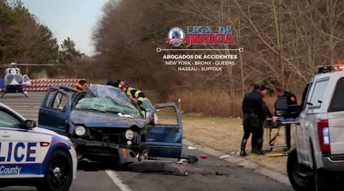 Choque frontal en Long Island, NY. Consulta con nuestros abogados de accidentes.