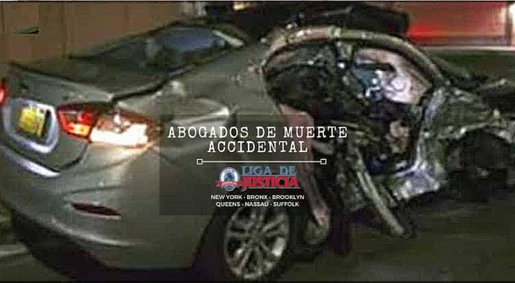 Mueren madre e hija en devastador accidente con conductor ebrio en Queens. El auto de Diana Granobles tras el violento choque. Imagen de gofundme.